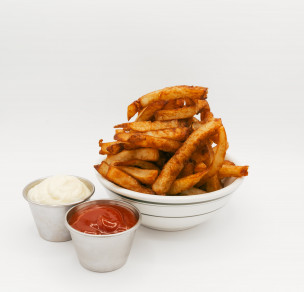 Frites avec Vinaigre de malt/ Fries with malt vinegar