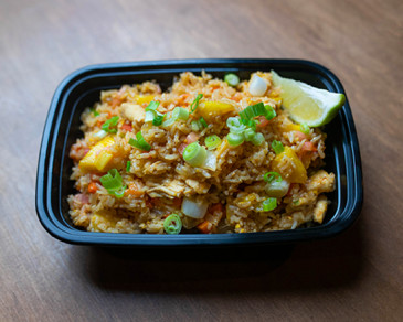 Riz frit à l'ananas | Pineapple Fried Rice