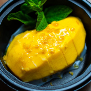 Riz collant à la mangue | Mango sticky rice